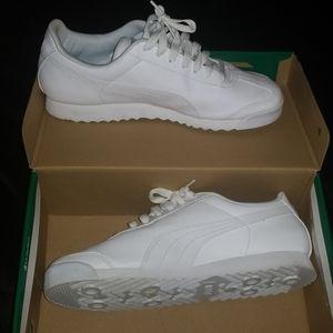Puma Shoes - Puma Roma Triple White with OB